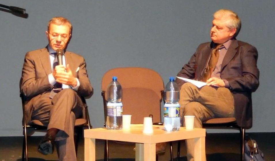 Andrea Manzi e la poesia: dichiarazione d'assoluto