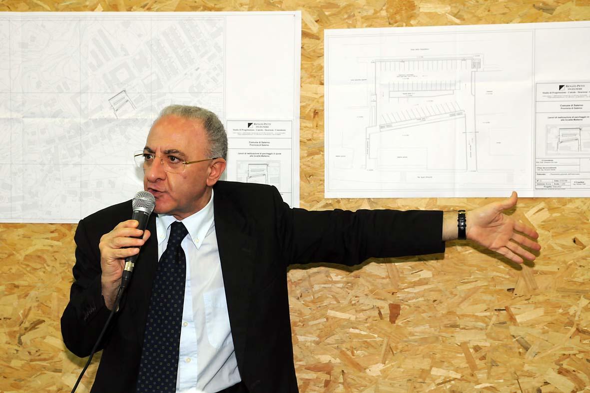 Salerno, sull'extracomunitario braccato indaghi la Procura
