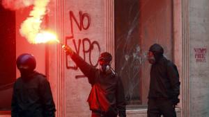 img1024-700_dettaglio2_Scontri-a-Milano-protesta-No-Expo