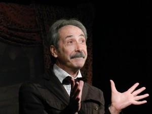 L'attore Enzo Tota
