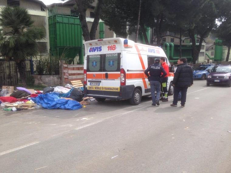 Fonderie Pisano, operai assaltano attivisti e giornalisti