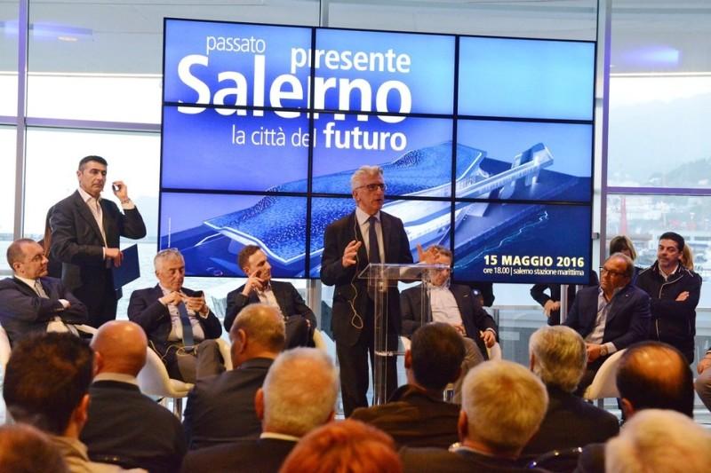 Sistema Salerno, il suicidio dei corpi intermedi