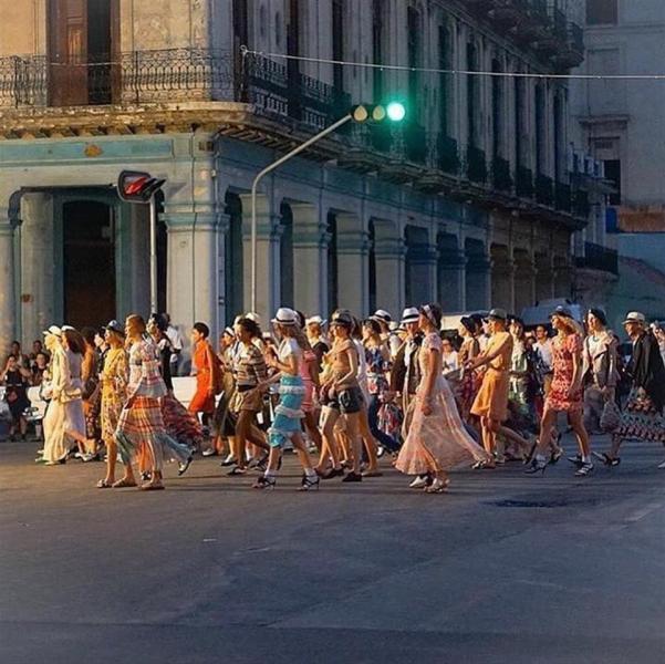 La rivoluzione cubana di monsieur Karl Lagerfeld