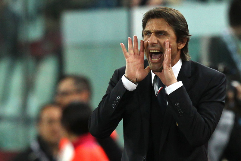 Dacci un'anima, Mr Conte