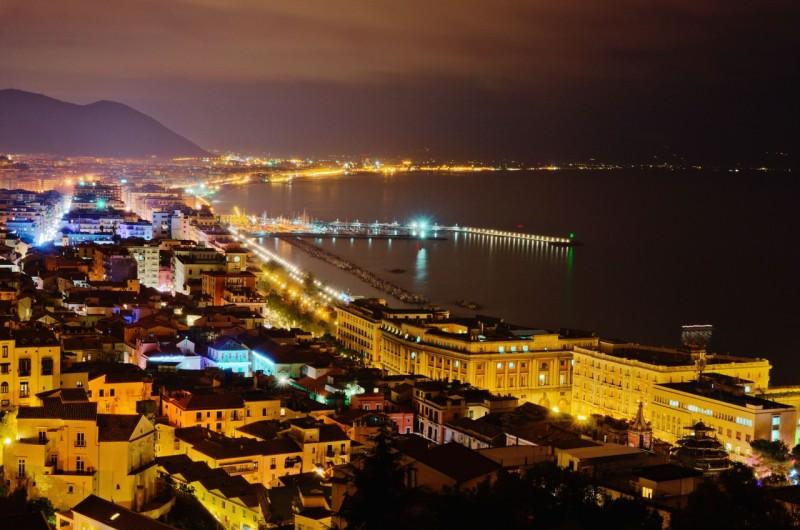 Un nuovo corso per l'alternativa a Salerno
