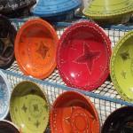 il vaselame di vari colori sgargiani
