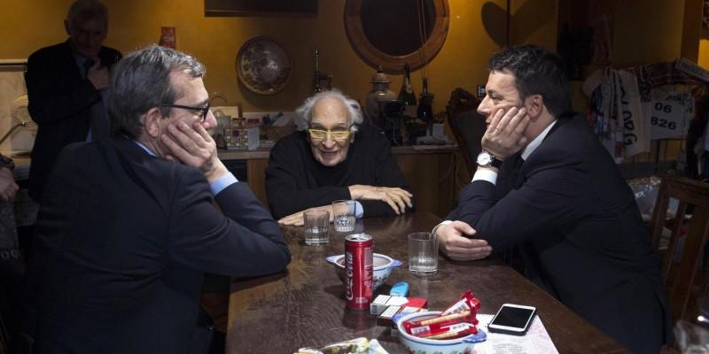 """Pannella, Salerno ricorda lo """"scandalo inintegrabile"""" di un leader"""