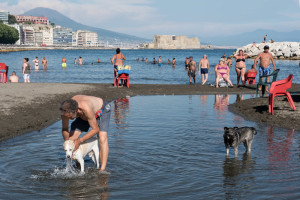 011-Napoli-Lungomare-Caracciolo-Mappatella-Beach