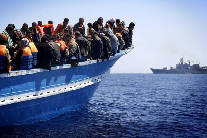 Sui migranti vige una sovranità necropolitica